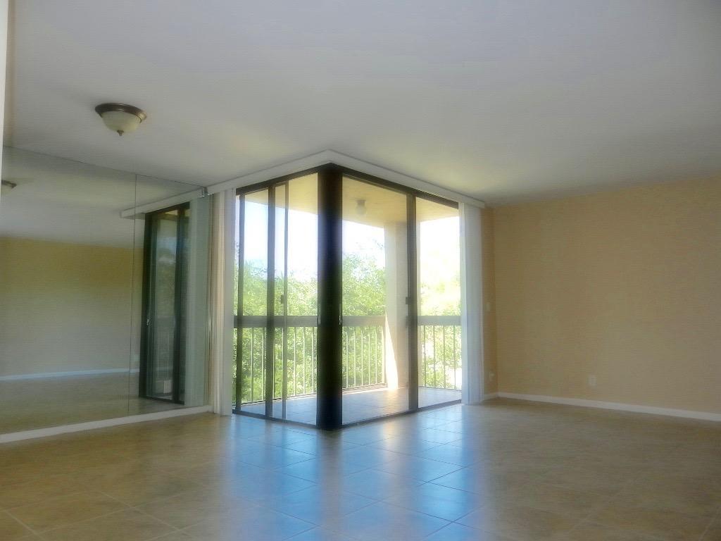 2455 Lindell Boulevard,Delray Beach,Florida 33444,1 Bedroom Bedrooms,1 BathroomBathrooms,Condo/coop,Lindell,RX-10627133