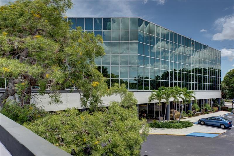 2701 Oakland Park Boulevard Oakland Park,Florida 33311,Office,Oakland Park Boulevard,RX-10626969