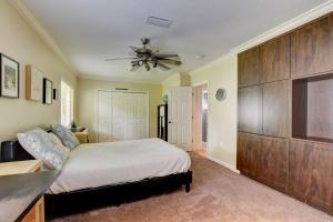 700 Berkeley Street Boca Raton FL 33487