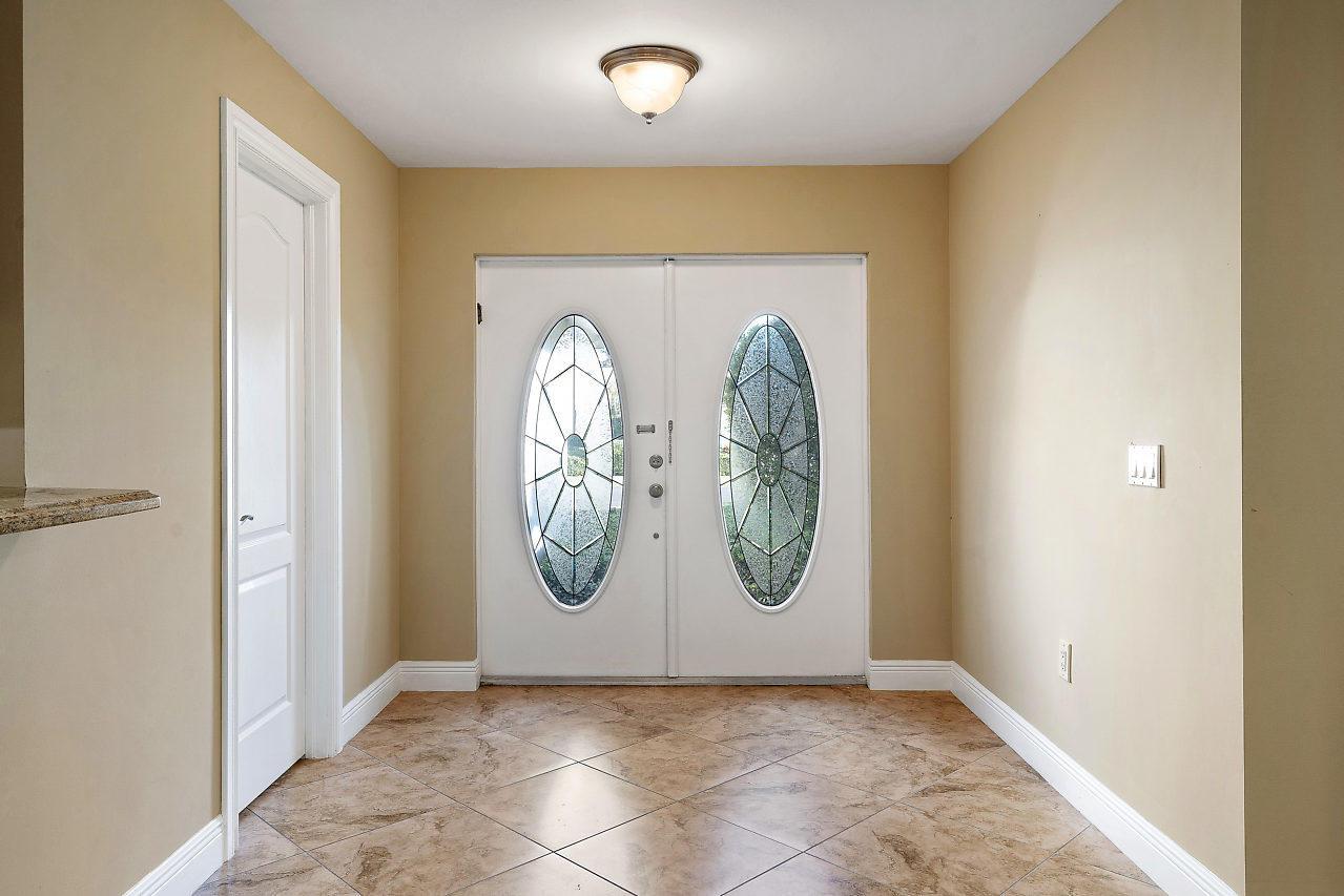 Image 6 For 4572 White Cedar Lane