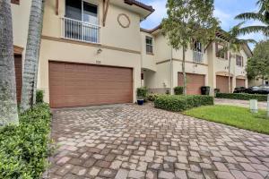 105 E Prive E Circle E, Lot 37, Delray Beach, FL 33445