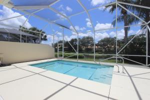 2679 James River Road, West Palm Beach, FL 33411