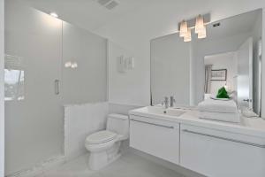 guest house bathroom 2
