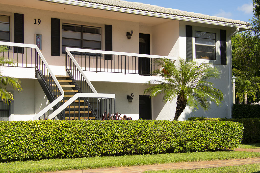 Details for 19 Stratford Drive H, Boynton Beach, FL 33436