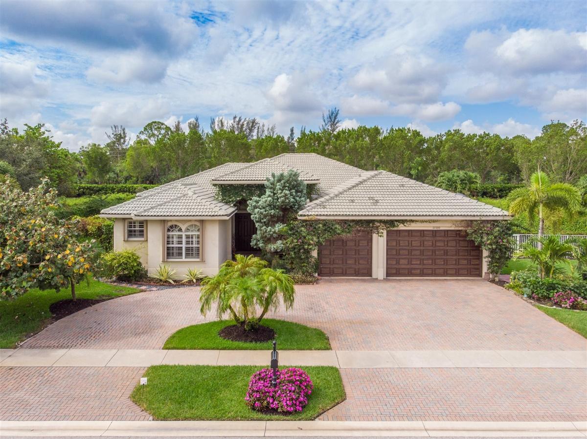 Wellington, Florida 33449, 5 Bedrooms Bedrooms, ,3 BathroomsBathrooms,Residential,For Sale,Windsor Bay,RX-10630367