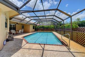 22275 Martella Avenue Boca Raton FL 33433