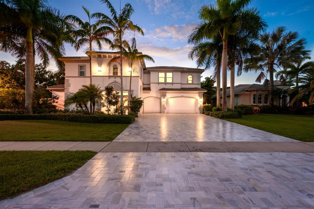Wellington, Florida 33414, 6 Bedrooms Bedrooms, ,4 BathroomsBathrooms,Residential,For Sale,Equine,RX-10630813