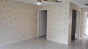 8309 Springtree Road Boca Raton FL 33496