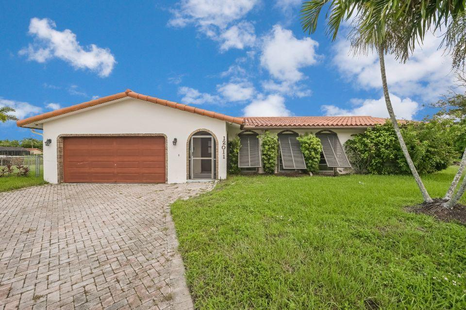 Home for sale in WESTCHESTER Coral Springs Florida