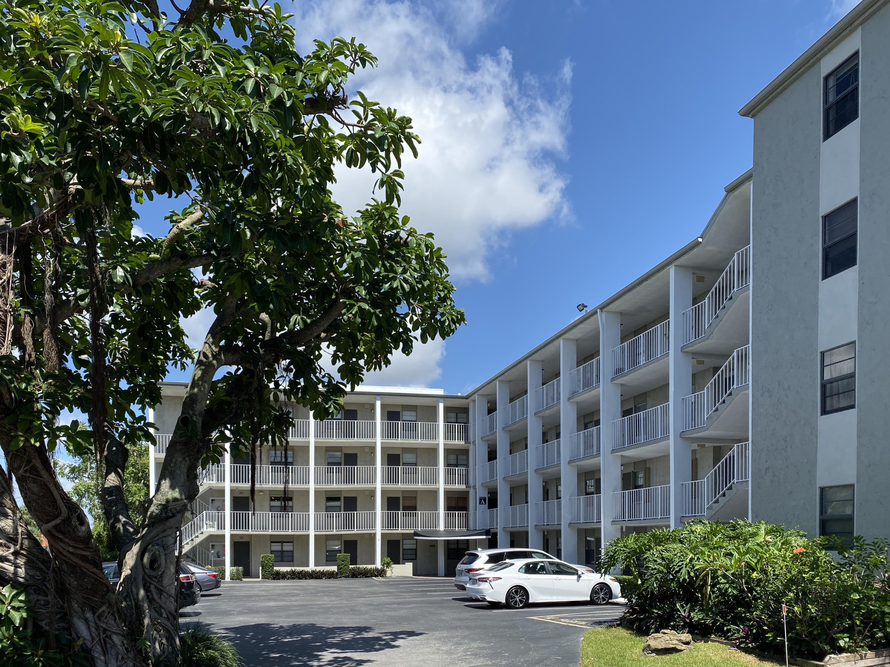 501 SW 11th Place #201