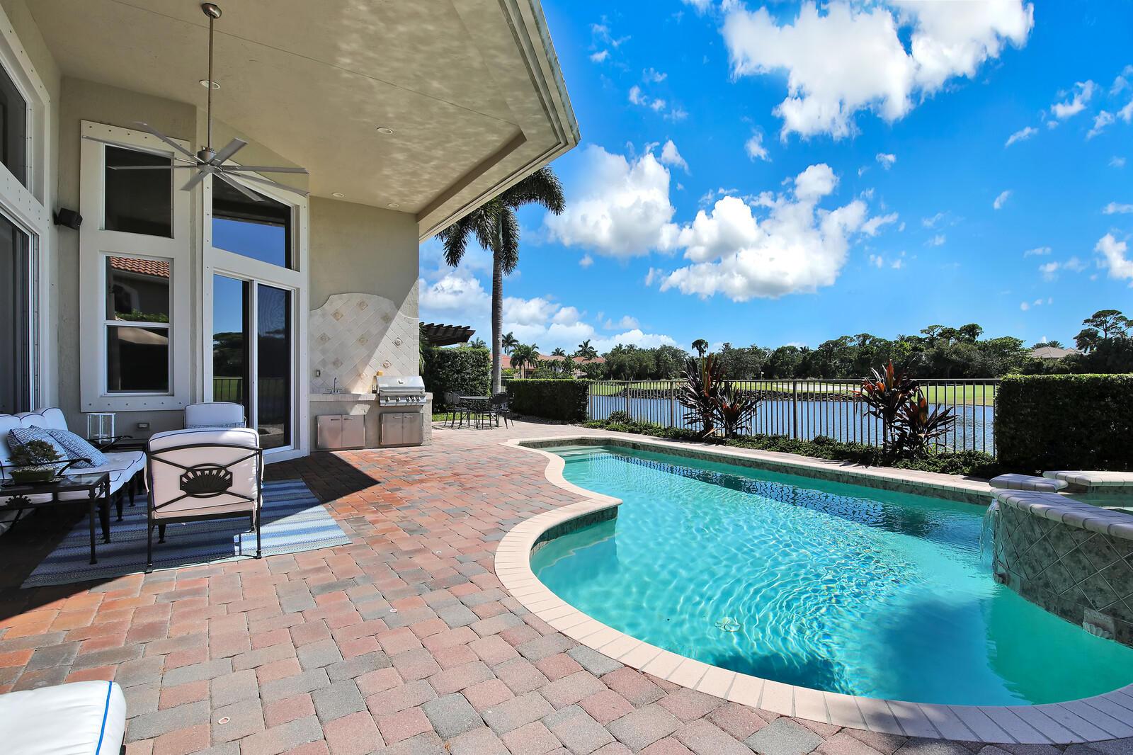 809 Floret Drive Palm Beach Gardens, FL 33410