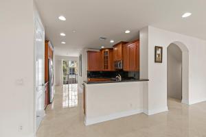 605 Ne Francesca Lane Boca Raton FL 33487