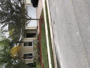 629 NE Moss Rose Place, Port Saint Lucie, FL 34983