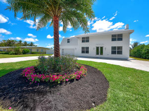 7150 W Lake Drive, Lake Clarke Shores, FL 33406