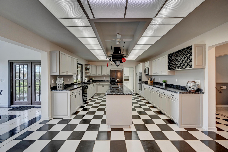 Loxahatchee, Florida 33470, 4 Bedrooms Bedrooms, ,3 BathroomsBathrooms,Residential,For Sale,Palm Deer,RX-10633366