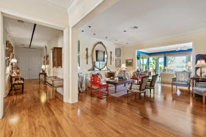 view thru living room to loggia