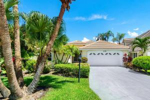 228 Woodsmuir Court, Palm Beach Gardens, FL 33418