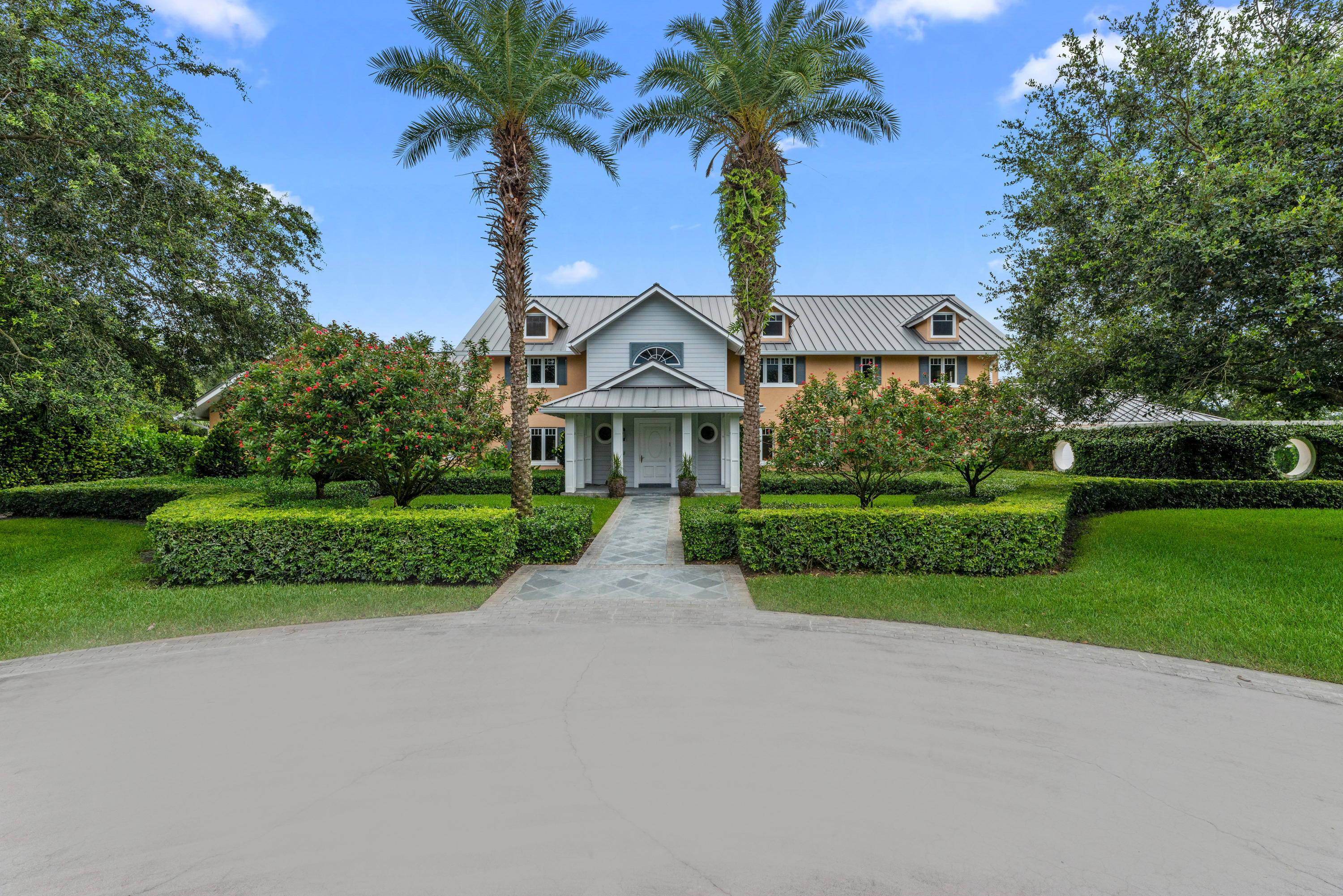 Wellington, Florida 33414, 5 Bedrooms Bedrooms, ,3 BathroomsBathrooms,Residential,For Sale,130th,RX-10487129