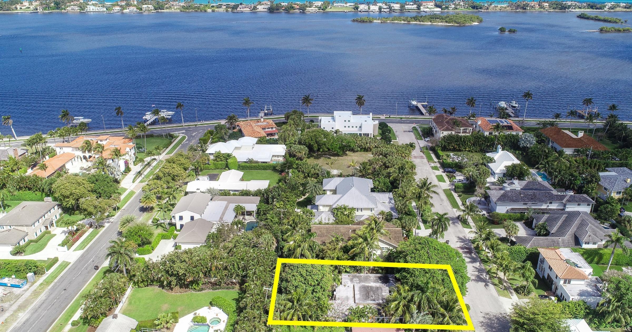 141 Cortez Road, West Palm Beach, Florida 33405, 2 Bedrooms Bedrooms, ,2 BathroomsBathrooms,Single Family,For Sale,Cortez,RX-10611666