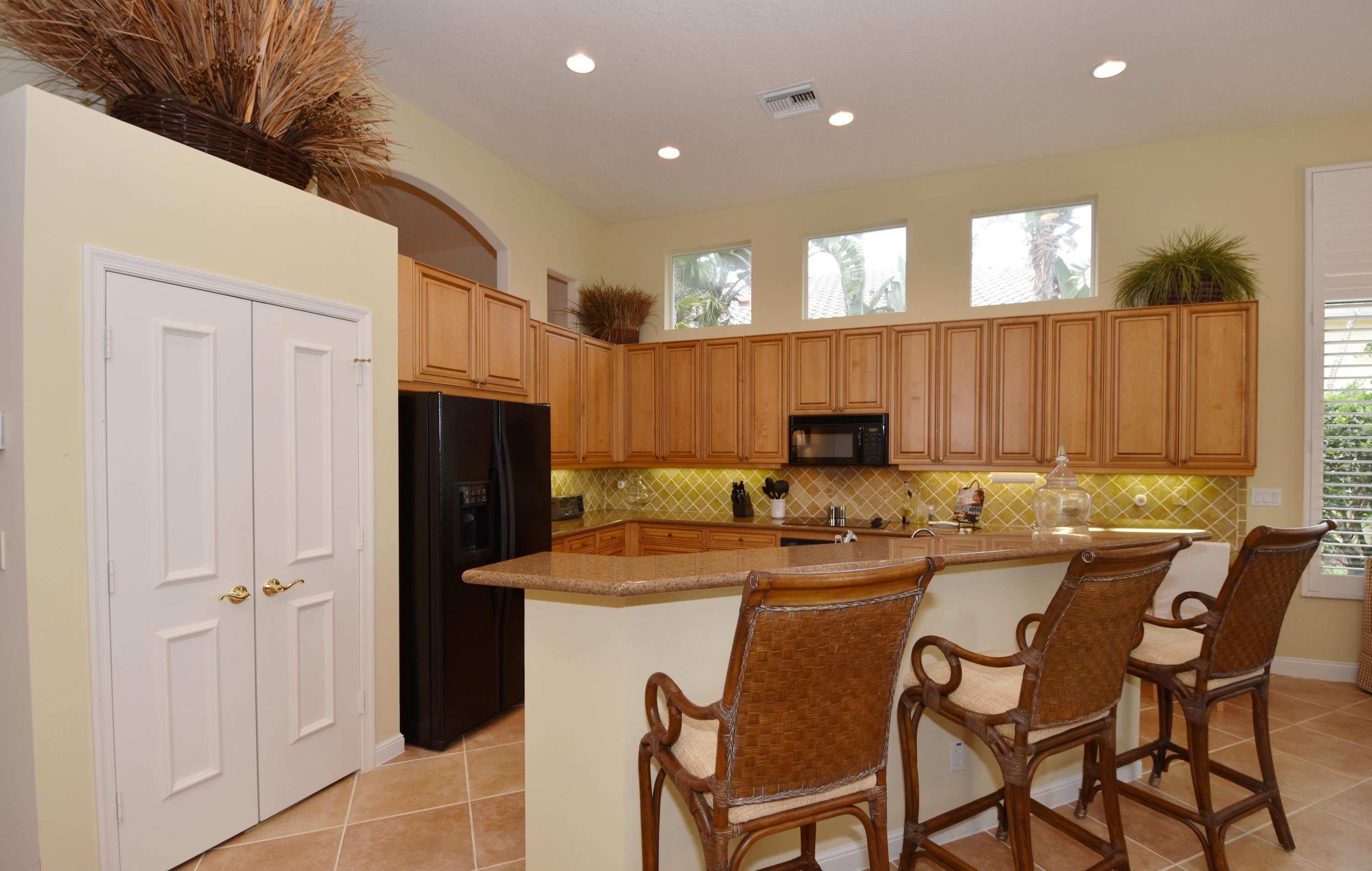 Image 9 For 7876 Montecito Place