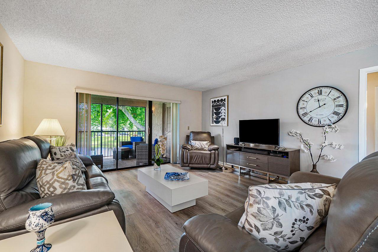 50 Stratford Ln #B, Boynton Beach, FL, 33436