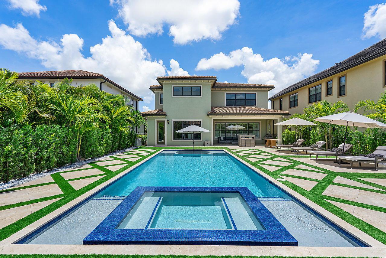 9085 W Watercrest Circle Parkland, FL 33076