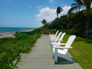 5505 N Ocean Boulevard, 12-202, Ocean Ridge, FL 33435