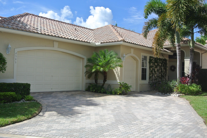 Wellington, Florida 33414, 3 Bedrooms Bedrooms, ,3 BathroomsBathrooms,Rental,For Rent,Players,RX-10635323