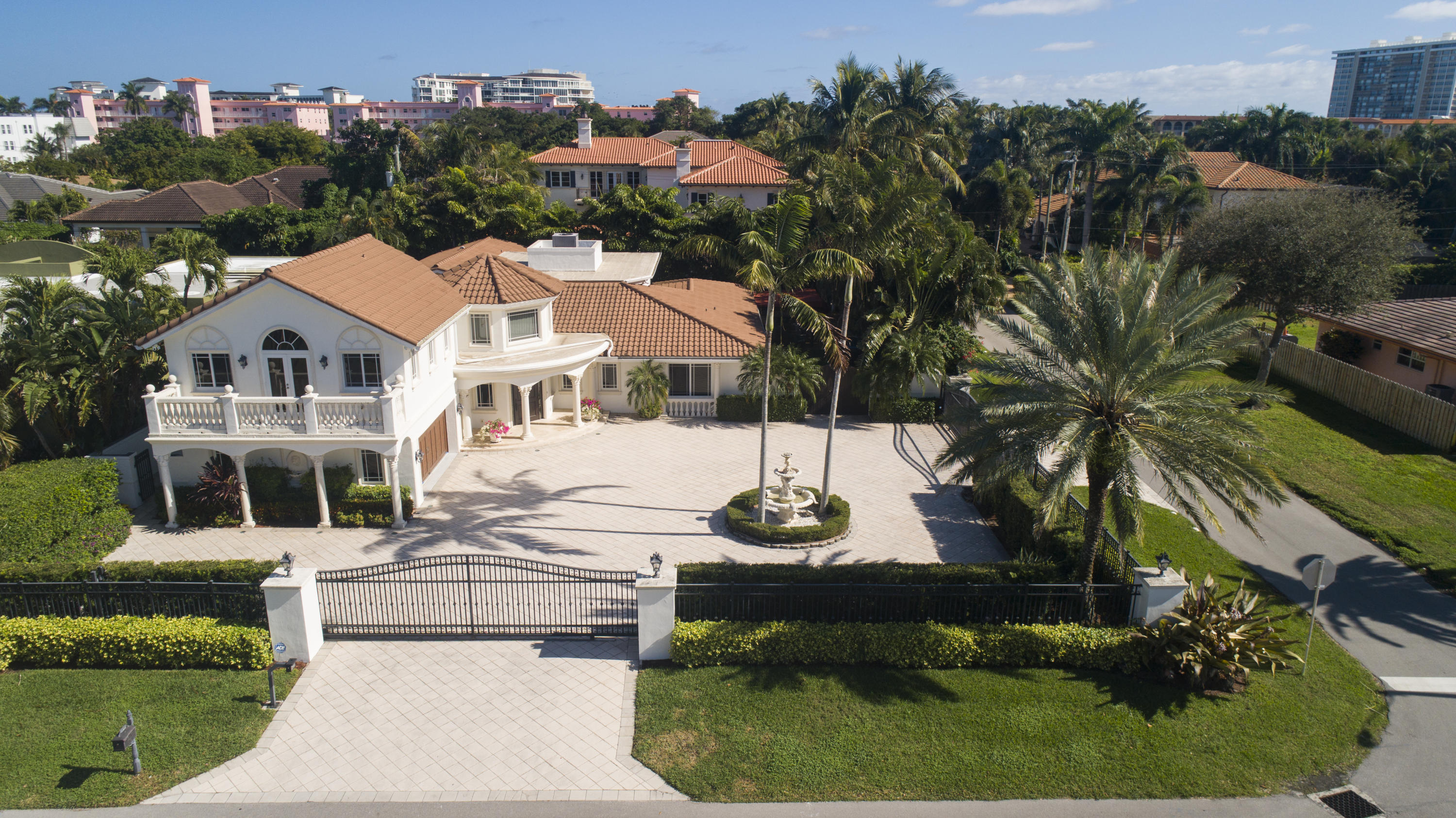 1098 Spanish River Road Boca Raton, FL 33432
