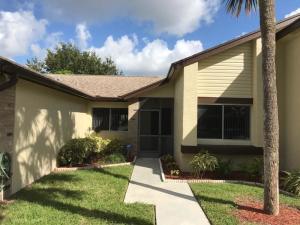 121 Ramblewood Circle, Royal Palm Beach, FL 33411