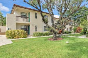 21866 Cypress Circle, 31e, Boca Raton, FL 33433