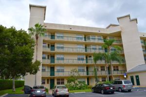 26 Royal Palm Way, 201, Boca Raton, FL 33432