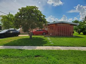 785 Camellia, Royal Palm Beach, FL 33411