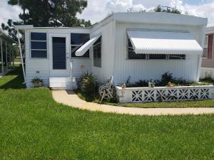 136 SE Trafalgar Terrace, Stuart, FL 34994