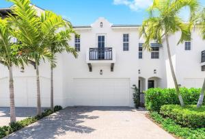 908 Hamilton Lane, Delray Beach, FL 33483