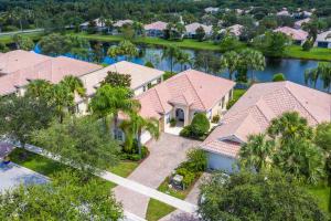 8086 Laborie Lane, Wellington, FL 33414