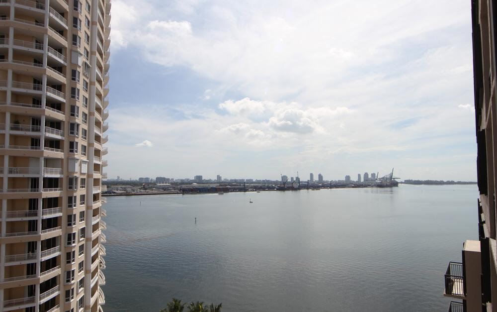 Image 8 For 540 Brickell Key Drive 1622