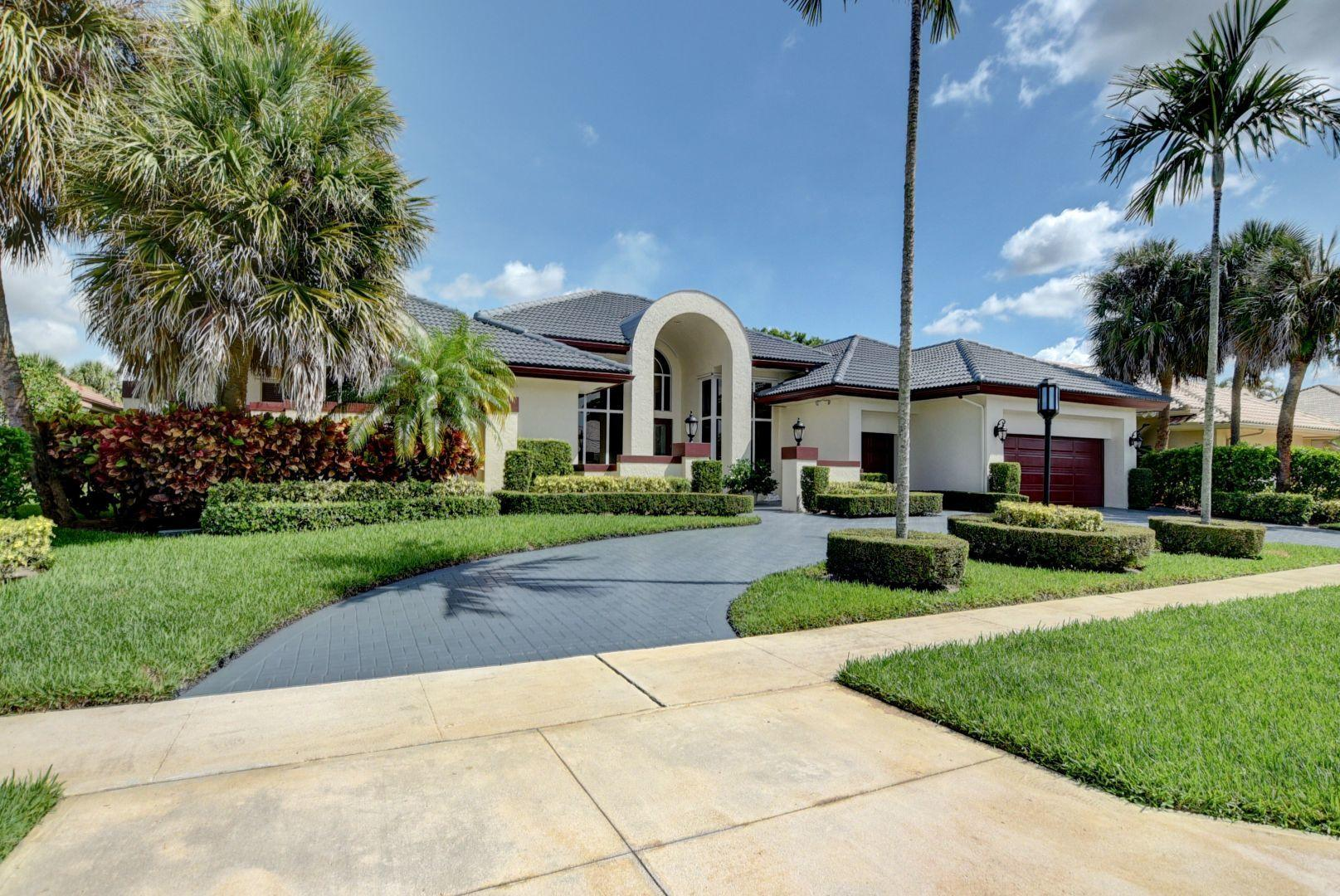 Photo of 10265 Shireoaks Lane, Boca Raton, FL 33498