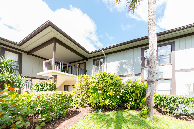 13230 Polo Club Road, Wellington, Florida 33414, 3 Bedrooms Bedrooms, ,3 BathroomsBathrooms,Condo/Coop,For Rent,Palm Beach Polo,Polo Club,1,RX-10637596
