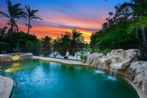 146 Kapok Crescent, Royal Palm Beach, FL 33411