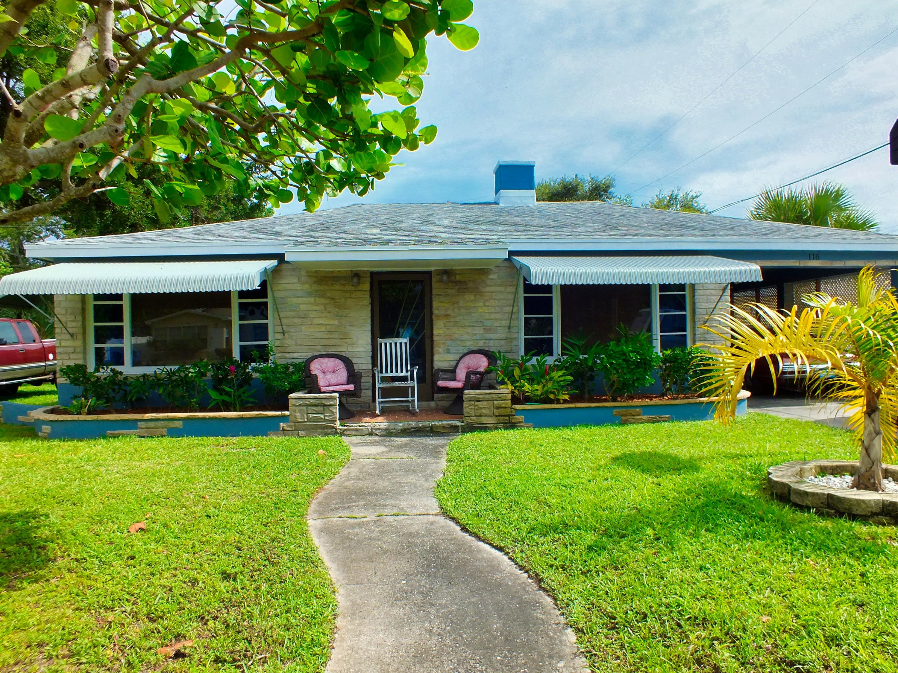 Home for sale in LAKEVIEW MNR Lantana Florida