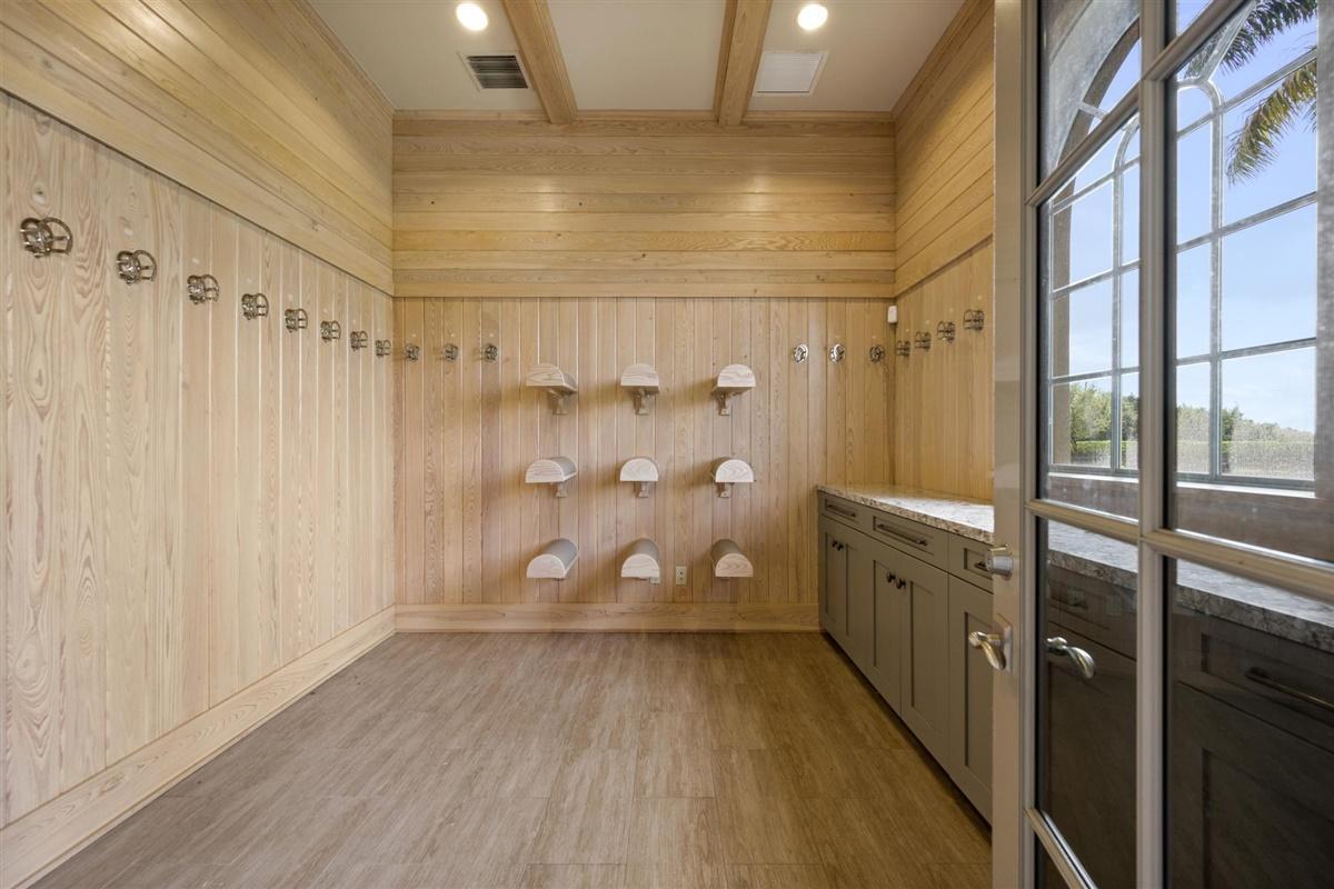 Wellington, Florida 33414, 3 Bedrooms Bedrooms, ,3 BathroomsBathrooms,Residential,For Sale,Golden Point,RX-10640691