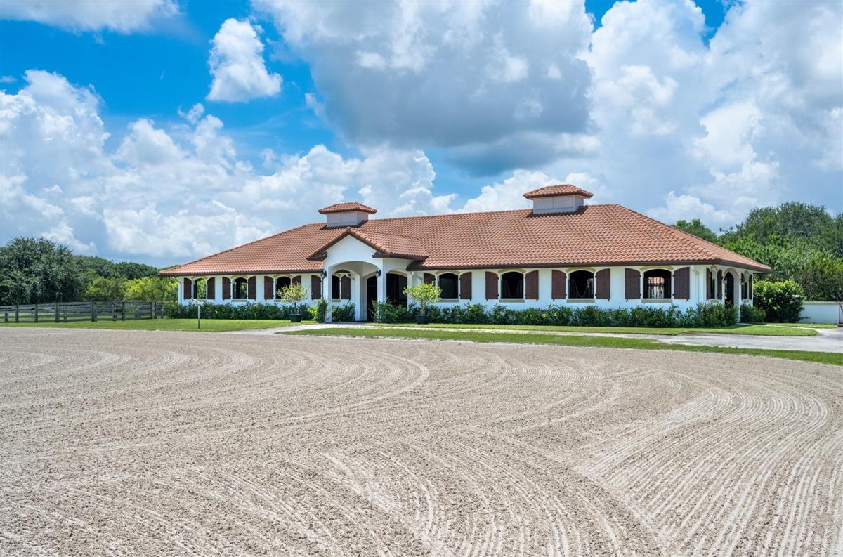 Wellington, Florida 33414, 2 Bedrooms Bedrooms, ,1 BathroomBathrooms,Rental,For Rent,Equestrian,RX-10638284