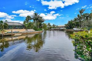 826 Sw Walnut Ter Terrace Boca Raton FL 33486