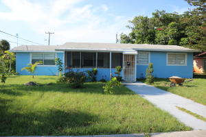 824 Truman Avenue, Lake Worth, FL 33460
