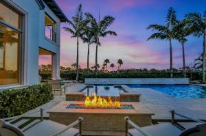 True Resort - Style Living!