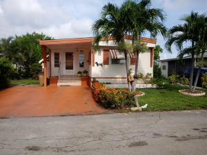 4913 NW 1st Way, Pompano Beach, FL 33064