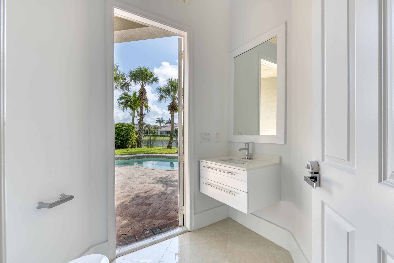 110 Tranquilla Drive Palm Beach Gardens, FL 33418