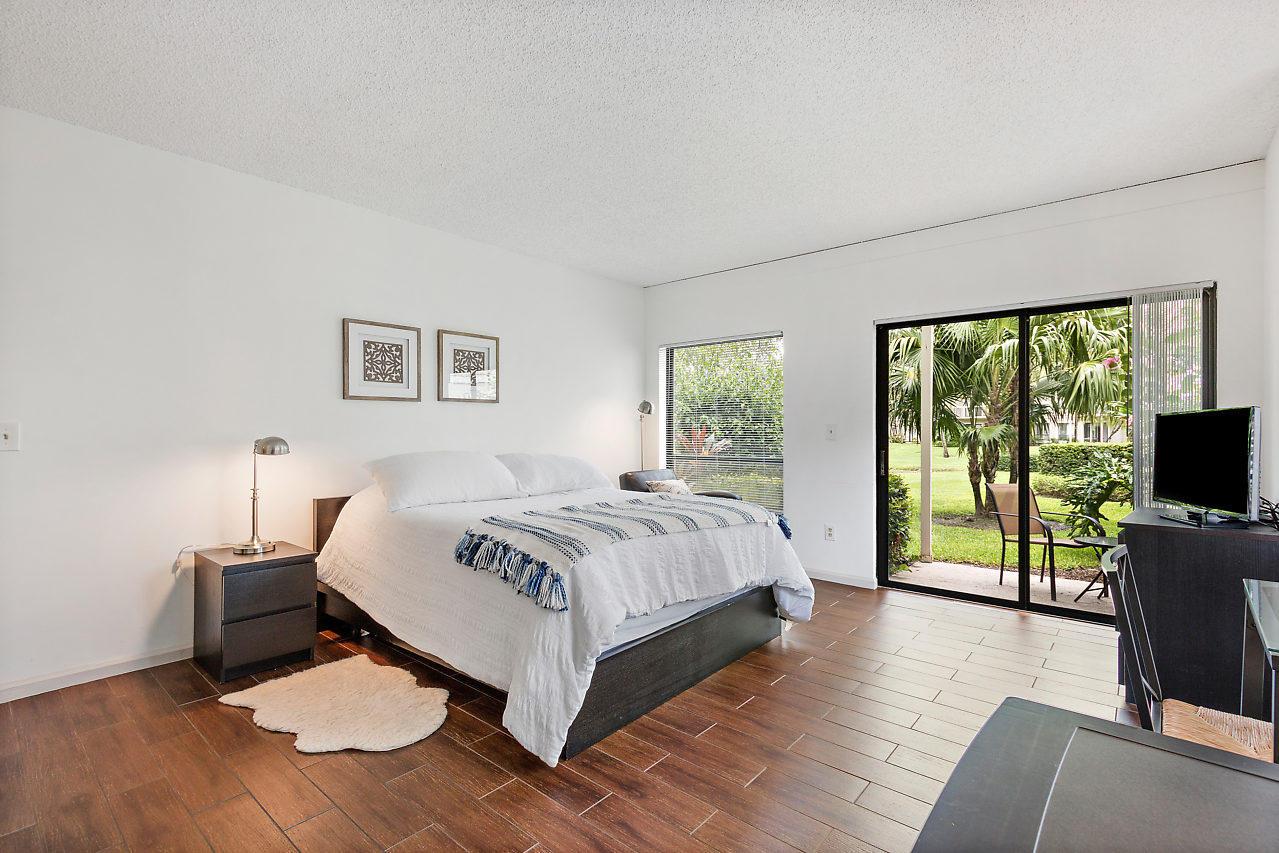 Wellington, Florida 33414, 1 Bedroom Bedrooms, ,1 BathroomBathrooms,Rental,For Rent,Wimbledon,RX-10639201