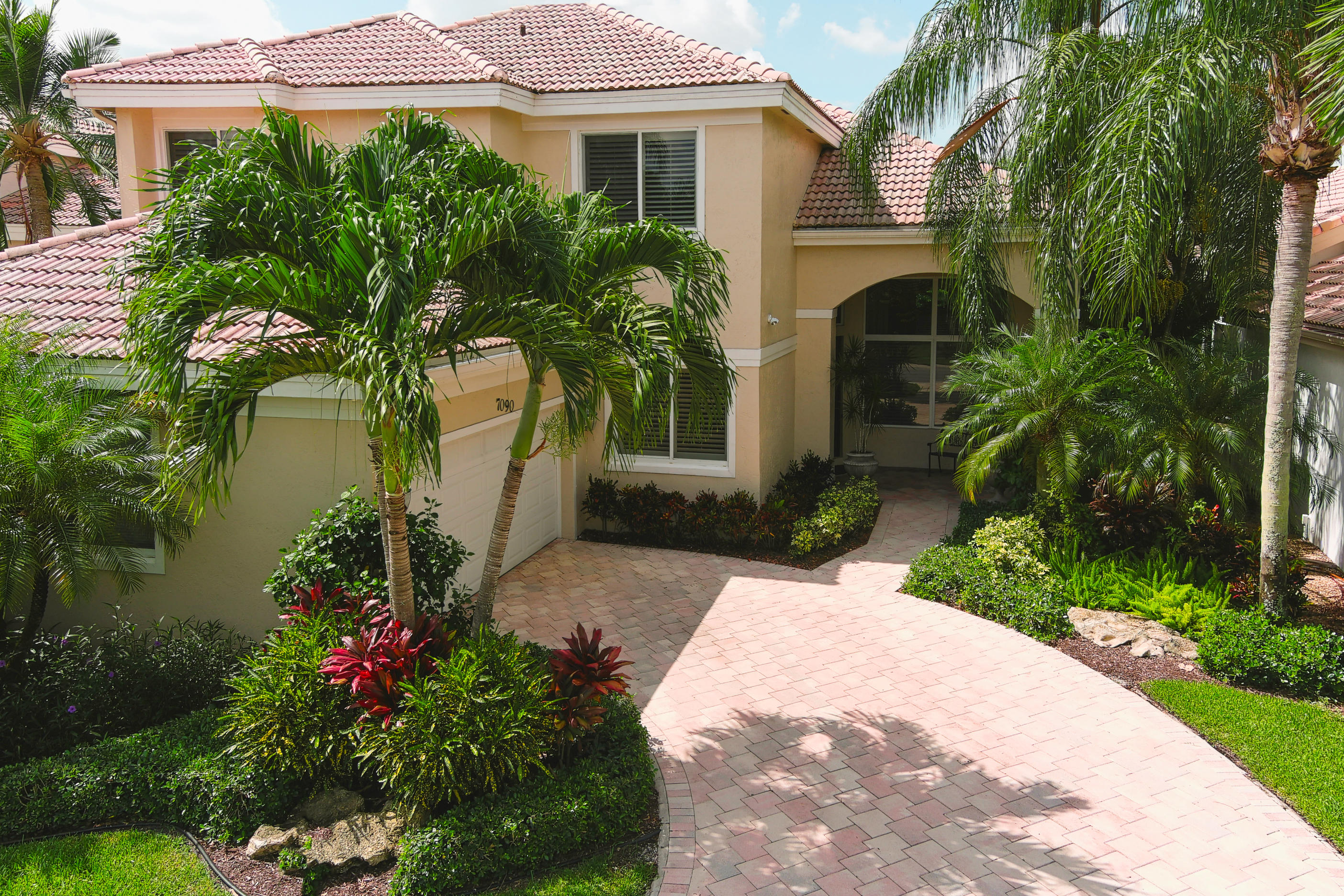 Photo of 7090 Islegrove Place, Boca Raton, FL 33433